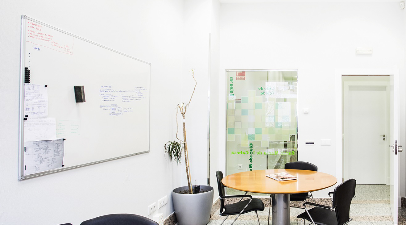 oficina-coworking-puerta-toledo-sala-de-reuniones-3